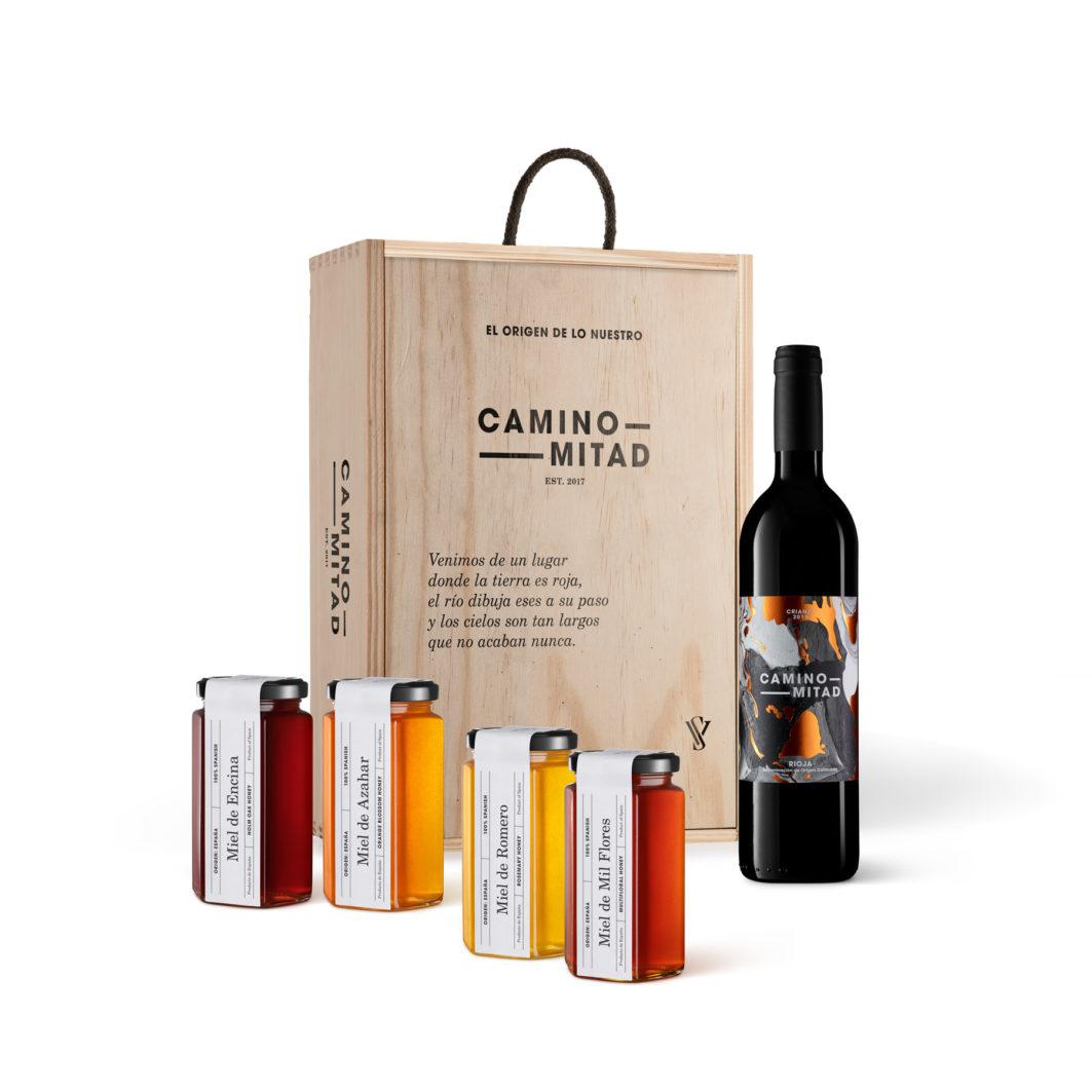 Spanish wine and honey gift box
