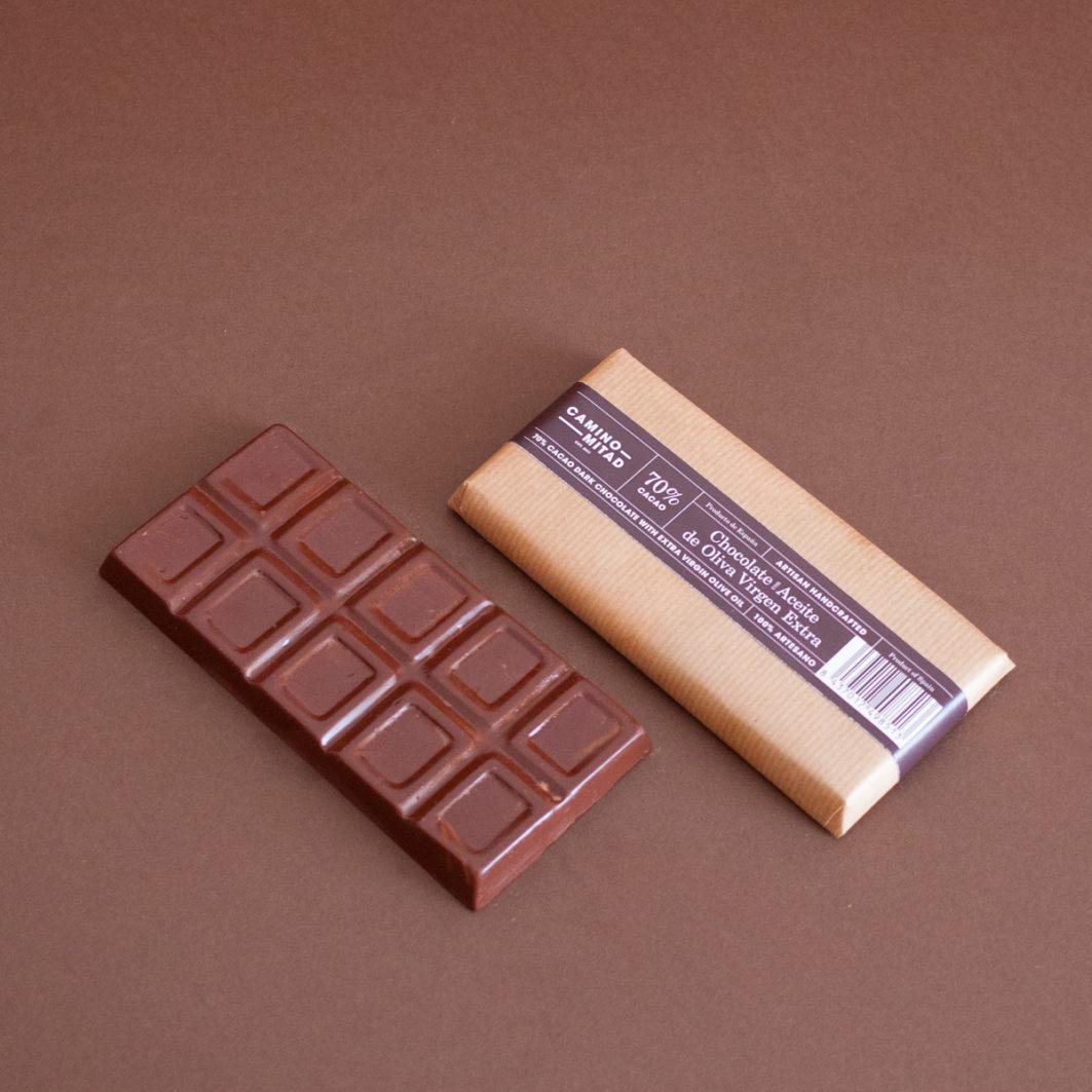 Barra de chocolate artesano con aceite de oliva virgen extra